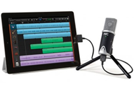 iPad Garageband and Apogee Lightning Mic